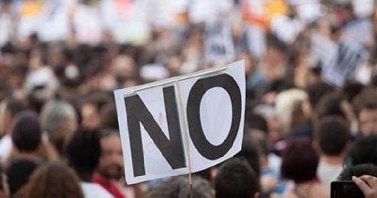 Tiltakozunk az egyetemek elrablása ellen!